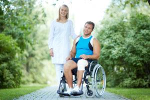 Уход за инвалидом на коляске