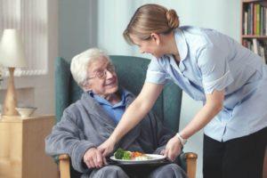 Помощь старикам на дому